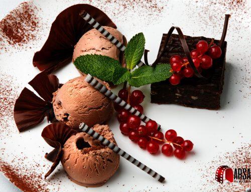Chocolate-cake-with-ice-cream